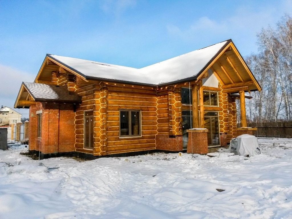 hybrid non-settling handmade log home
