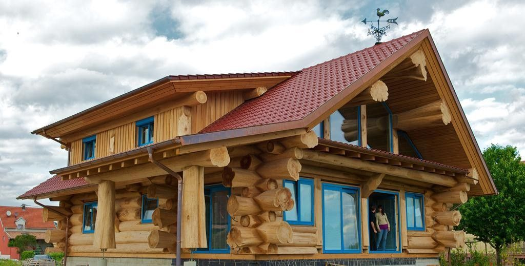 Teremki Log Houses Made From Western Red Cedar By
